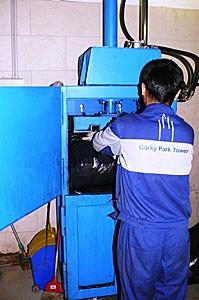 Пресс Малыш для пакетирования мусора